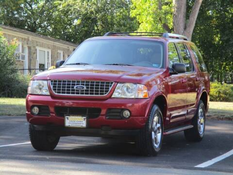 2005 Ford Explorer for sale at Loudoun Used Cars in Leesburg VA
