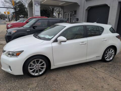 2012 Lexus CT 200h for sale at ROBINSON AUTO BROKERS in Dallas NC