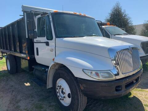 2003 International 4300 for sale at DirtWorx Equipment - Trucks in Woodland WA