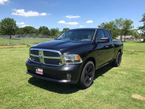 2016 RAM Ram Pickup 1500 for sale at LA PULGA DE AUTOS in Dallas TX