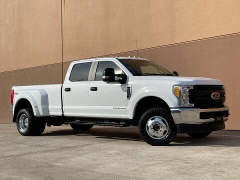 2017 Ford F-350 Super Duty for sale at TX Auto Group in Houston TX