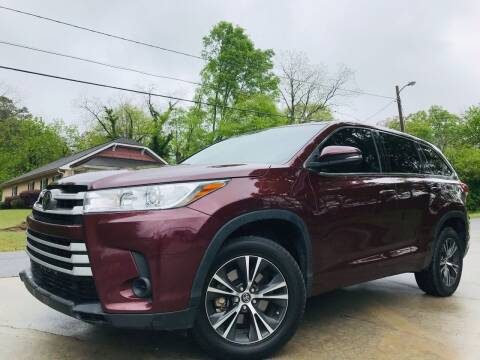 2018 Toyota Highlander for sale at Cobb Luxury Cars in Marietta GA