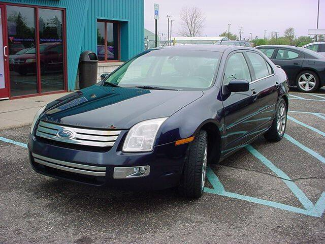2009 Ford Fusion for sale at VOA Auto Sales in Pontiac MI