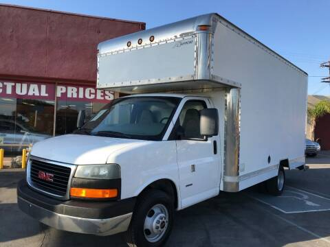 2006 GMC Savana Cutaway for sale at Sanmiguel Motors in South Gate CA