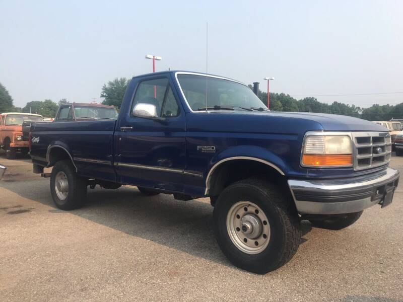 1996 Ford F-250 for sale at FIREBALL MOTORS LLC in Lowellville OH