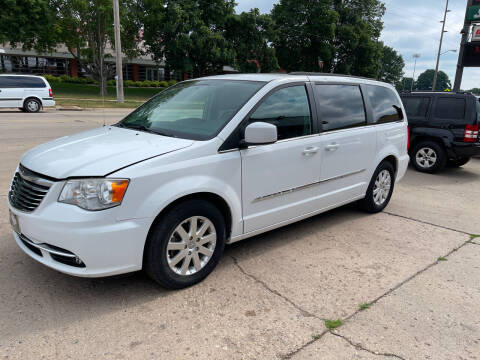 2014 Chrysler Town and Country for sale at Mulder Auto Tire and Lube in Orange City IA