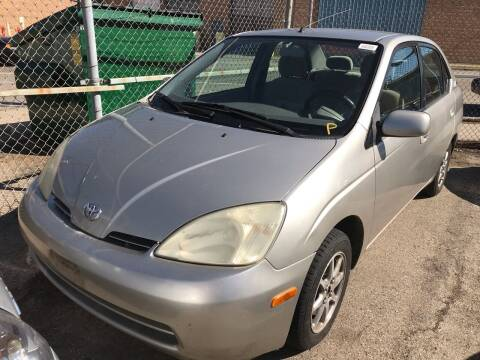 2001 Toyota Prius for sale at Square Business Automotive in Milwaukee WI