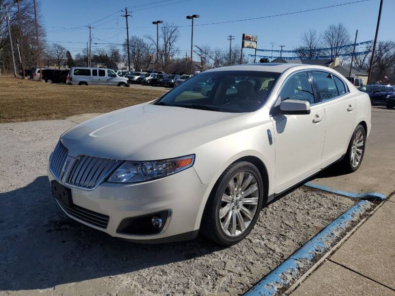 2009 Lincoln MKS for sale at Kachar's Used Cars Inc in Monroe MI