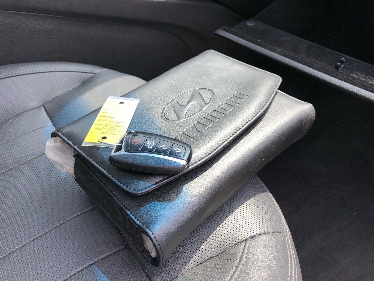 2015 Hyundai Genesis 4dr Car