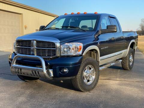 2006 Dodge Ram Pickup 2500 for sale at CMC AUTOMOTIVE in Roann IN