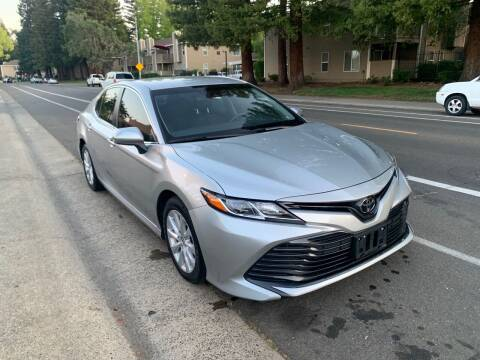 2018 Toyota Camry for sale at LG Auto Sales in Rancho Cordova CA