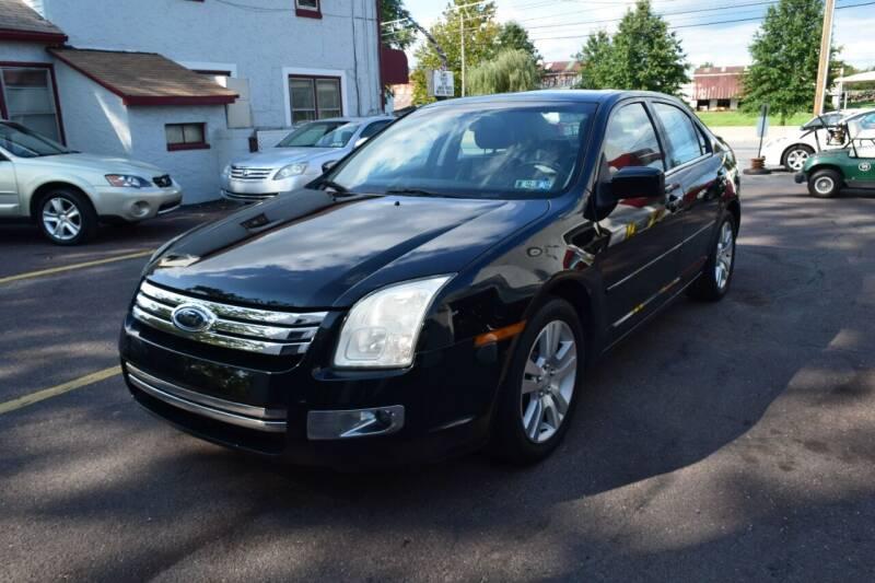 2008 Ford Fusion for sale at L&J AUTO SALES in Birdsboro PA