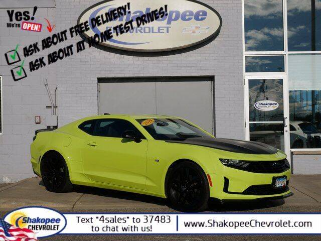 2019 Chevrolet Camaro for sale at SHAKOPEE CHEVROLET in Shakopee MN