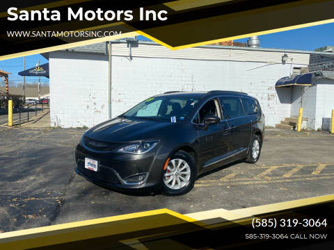 2017 Chrysler Pacifica for sale at Santa Motors Inc in Rochester NY