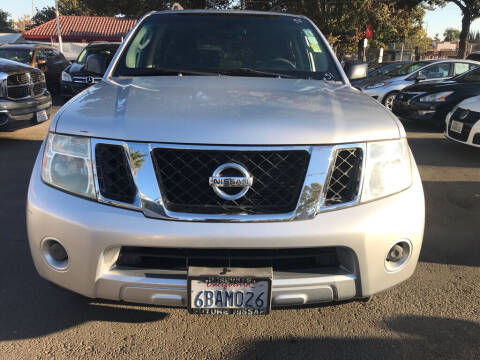 2008 Nissan Pathfinder for sale at EXPRESS CREDIT MOTORS in San Jose CA