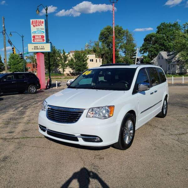 2016 Chrysler Town and Country for sale at Bibian Brothers Auto Sales & Service in Joliet IL
