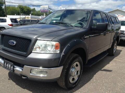 2004 Ford F-150 for sale at Steves Auto Sales in Cambridge MN