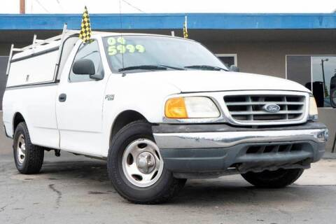 2004 Ford F-150 Heritage for sale at AUTO NATIX in Tulare CA