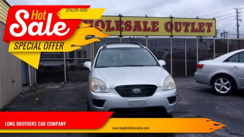 2008 Kia Rondo for sale at LONG BROTHERS CAR COMPANY in Cleveland OH