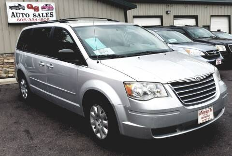 2010 Chrysler Town and Country for sale at QS Auto Sales in Sioux Falls SD