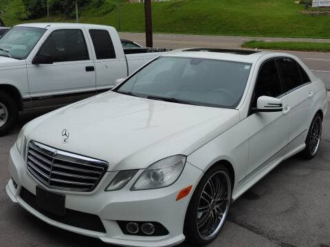 2010 Mercedes-Benz E-Class for sale at North Knox Auto LLC in Knoxville TN