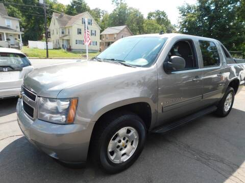 2009 Chevrolet Avalanche for sale at CAR CORNER RETAIL SALES in Manchester CT