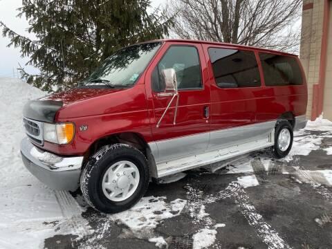 2000 Ford E-350 for sale at Nash Motors LLC in Hudsonville MI
