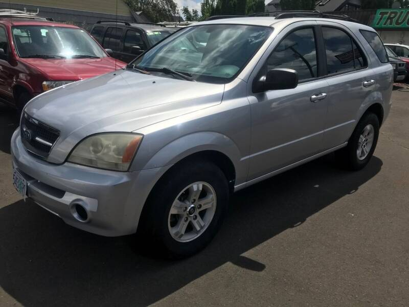 2004 Kia Sorento for sale at Chuck Wise Motors in Portland OR