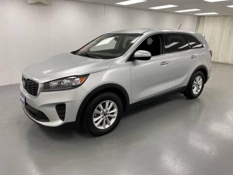 2019 Kia Sorento for sale at Kerns Ford Lincoln in Celina OH