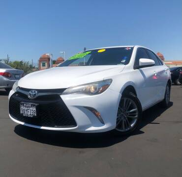 2016 Toyota Camry for sale at LUGO AUTO GROUP in Sacramento CA