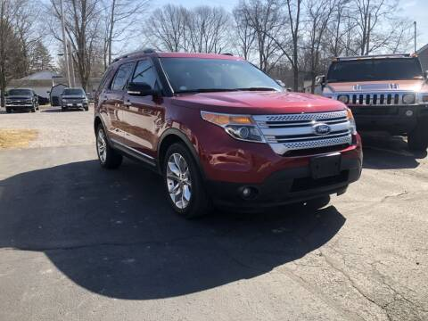 2015 Ford Explorer for sale at The Car Mart in Milford IN
