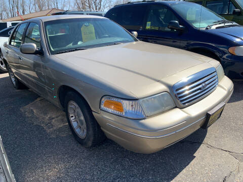 1999 Ford Crown Victoria for sale at 51 Auto Sales Ltd in Portage WI