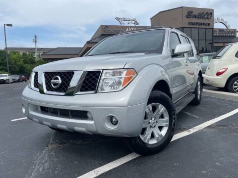 2006 Nissan Pathfinder for sale at FASTRAX AUTO GROUP in Lawrenceburg KY