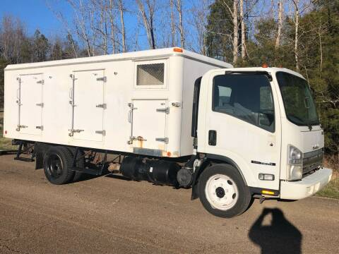 2010 Isuzu NQR for sale at Monroe Auto's, LLC in Parsons TN