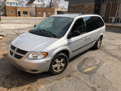 2005 Dodge Grand Caravan for sale at USA AUTO WHOLESALE LLC in Cleveland OH