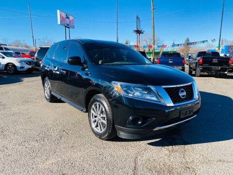 2014 Nissan Pathfinder for sale at Lion's Auto INC in Denver CO