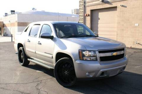 2008 Chevrolet Avalanche for sale at EXPRESS AUTO GROUP in Phoenix AZ