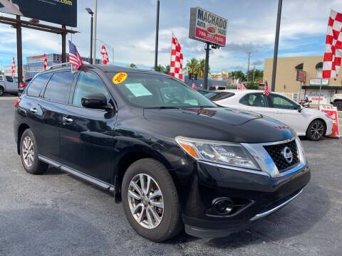 2016 Nissan Pathfinder for sale at MACHADO AUTO SALES in Miami FL