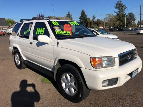 2001 Nissan Pathfinder for sale at Freeborn Motors in Lafayette, OR