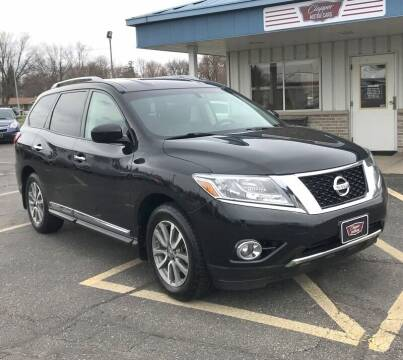 2015 Nissan Pathfinder for sale at Clapper MotorCars in Janesville WI