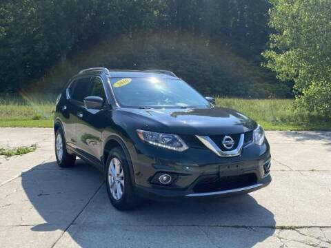 2016 Nissan Rogue for sale at Betten Baker Preowned Center in Twin Lake MI