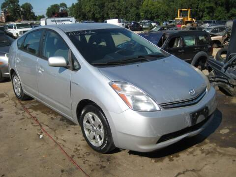 2006 Toyota Prius for sale at CARZ R US 1 in Armington IL