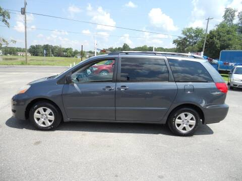 2008 Toyota Sienna for sale at All Cars and Trucks in Buena NJ