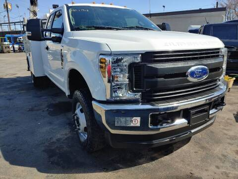 2019 Ford F-350 Super Duty for sale at Auto Direct Inc in Saddle Brook NJ