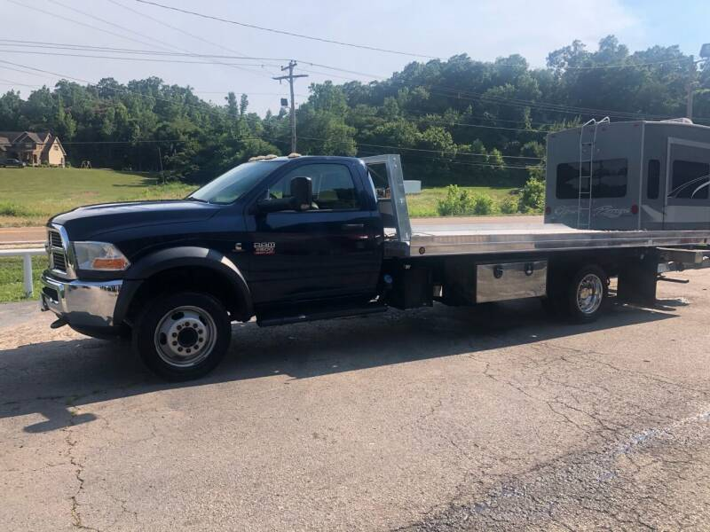 2012 RAM Ram Chassis 5500 for sale at Monroe Auto's, LLC in Parsons TN