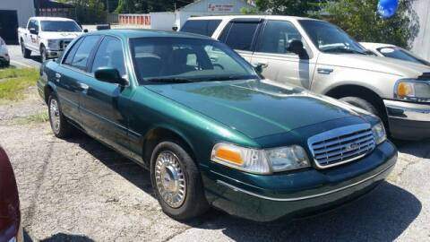 2000 Ford Crown Victoria for sale at AFFORDABLE DISCOUNT AUTO in Humboldt TN