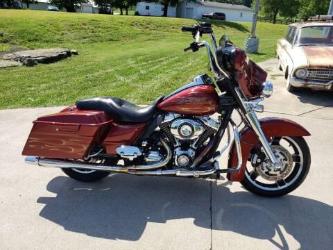 2010 Harley-Davidson FLHX for sale at HIGHWAY 12 MOTORSPORTS in Nashville TN