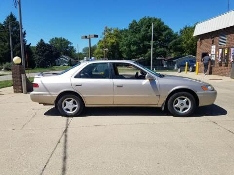 1997 Toyota Camry for sale at RIVERSIDE AUTO SALES in Sioux City IA