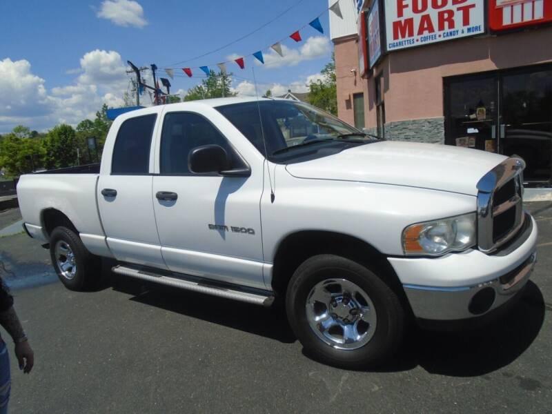 2004 Dodge Ram Pickup 1500 Laramie