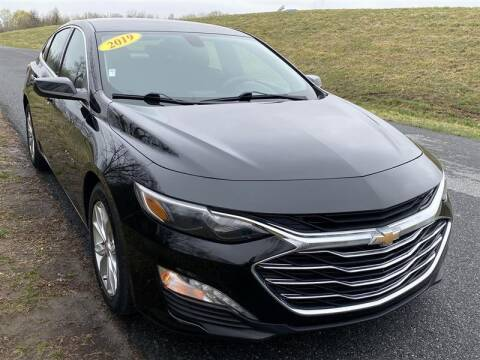 2019 Chevrolet Malibu for sale at Mr. Car City in Brentwood MD